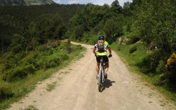 Alta Ruta Aventura ofrece el alquiler de BTT o bicicletas de montaña