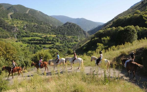 Actividades en tierra: paseo a caballo
