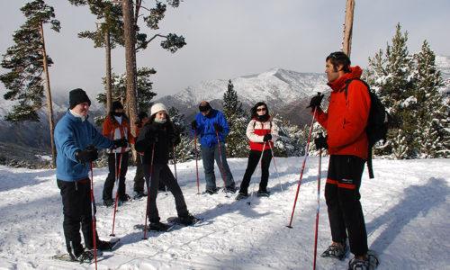 Excursión con raquetas de nieve por el Parque Nacional de Aigüestortes y lago Sant Maurici