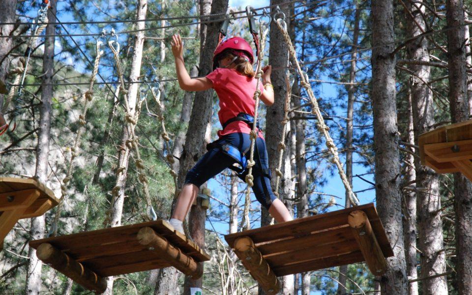 pirineus-parc-aventura-tirolines-familia